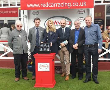 WINNER! Victoire De Lyphar at Redcar - 21st April 2014
