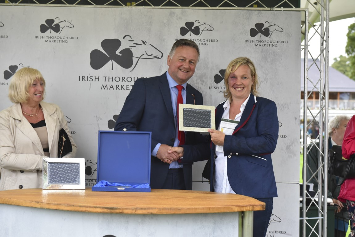 Ruth receives her trainers prize